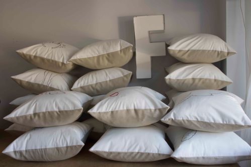 pile of pillows